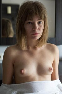 All natural Nata Y gets naked and shows her mind-blowing sex appeal in Renaissance