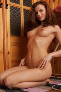 Top class domai model Hristina shows off her gorgeous feminine curves