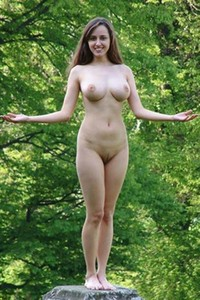 Gorgeous model Zuzana gets nude and nasty
