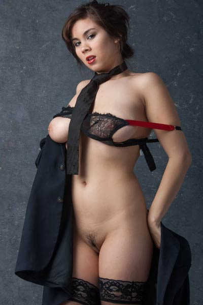 Sexy yet charming vixen Mai-ly shows off her stunning body in Bedroom Eyes