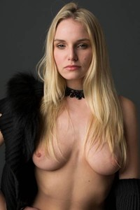 Daring and youthful Moreystudio Girl Liz Ashley stuns everyone with her seductive body in Extravagant