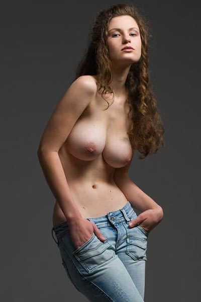 Susann has such a seductive pair of big round boobs which she flaunts shamelessly
