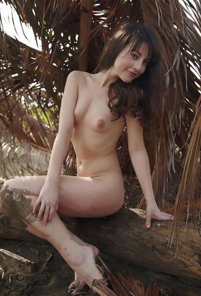 Lorena in Abandonado from Errotica Archives