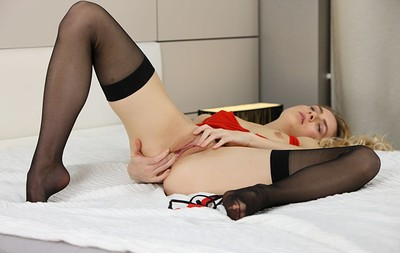 Arya in Insatiable Pussy from Stunning 18