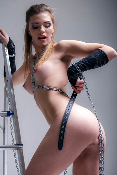 Whips and chains is what this hottie with amazing ass makes very horny and naughty
