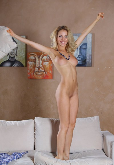 Annabell in Exciting from Femjoy