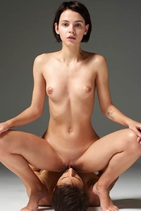 Young babe Ariel and her lover do a naked photo shoot together