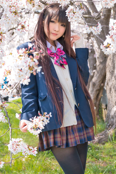Take a walk after school with cute Asian brunette hottie