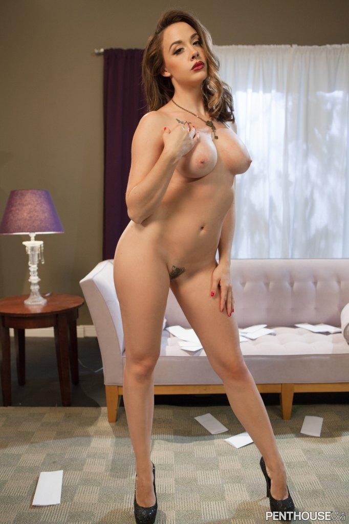 Best Kelly Preston Penthouse Nude HD