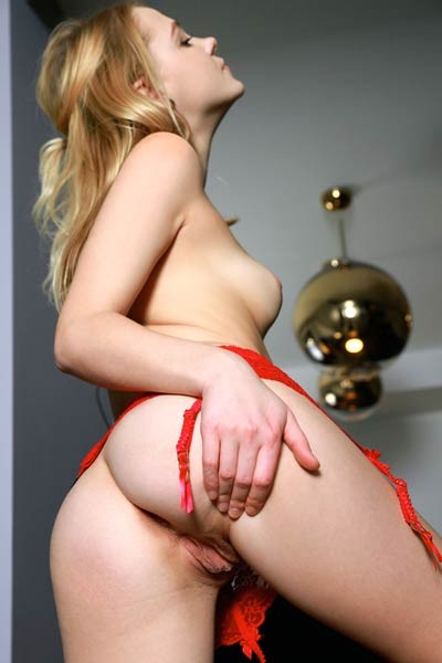 Blonde sweetheart Mia Chance will amaze you with her delicious sex assets