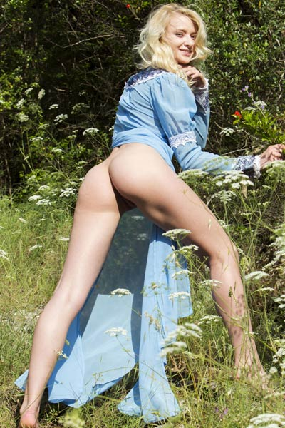 Nika N hot blonde likes to get naughty outdoors in nature