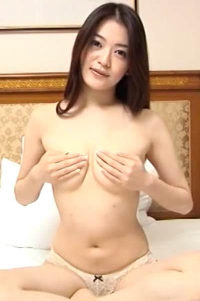 Amazing vixen Manami Yamaguchi shows off her gorgeous body in My Imagination Scene 4
