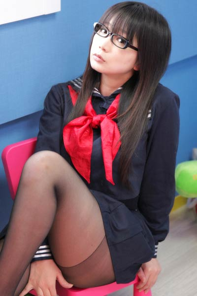 Blossoming young stunner Namachoko delightfully poses in Seifuku Joshi 3