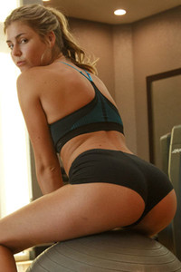 Beautiful blondie Presley Callen does her workout and shows off her curvy body