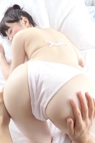 Daring and youthful hottie Marina Ogawa shows her attractive young body in Mashu Marina Scene 2