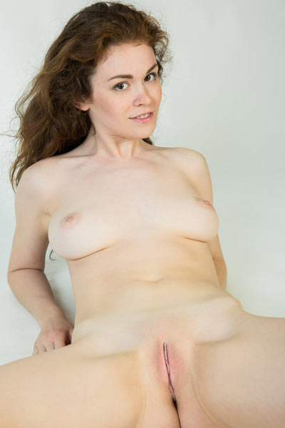 Lovely brown haired cutie Estelle exposing her hot natural body curves