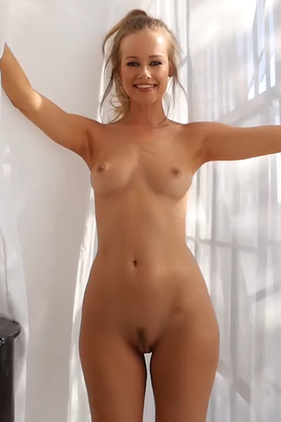 Her exquisite naked body is in a need for some sexual stimulation