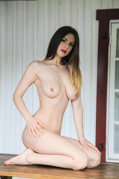 Stella Cox in Presenting Stella Cox from Erotic Beauty