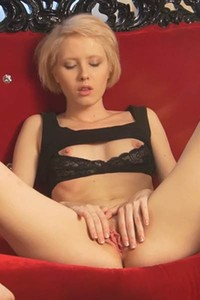 Horny blonde Sindi stripping and showcasing her slim natural body