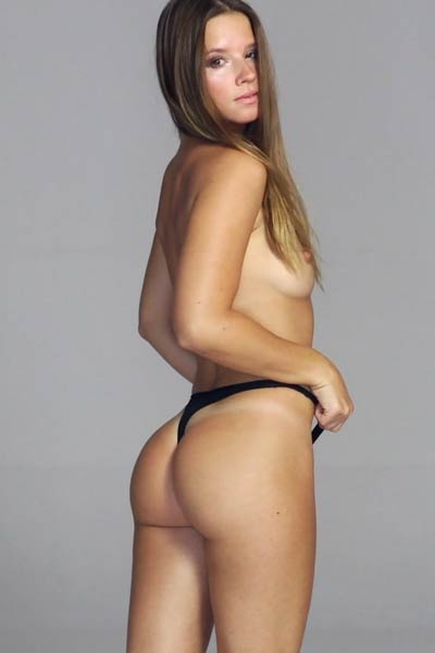 Gorgeous newcomer Marynia shares her sex appealing naked body with you