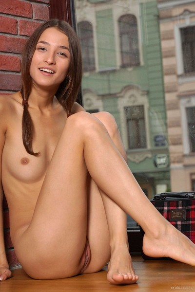 Layna in Presenting Layna from Erotic Beauty