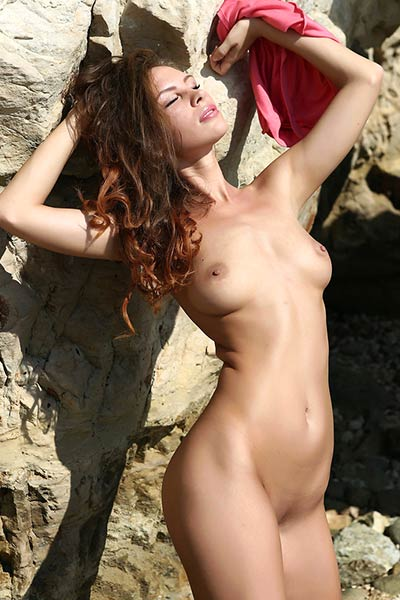Hot young vixen Cecelia calls for you to join her in sensual nude swimming