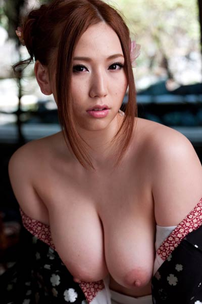 Top class Allgravure Model Ai Sayama shows off her gorgeous body in Free Myself