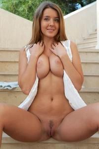 Innocent looking brunette exposing her astonishing natural body