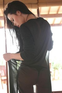 MayerQ is so hot and horny black haired chick with nice body