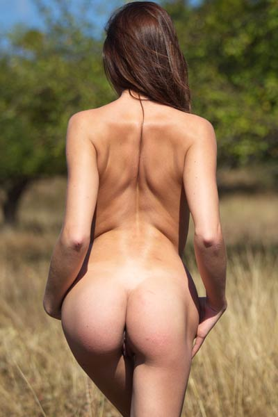 Barbara Vie goes for a walk and she decides to strip off and pose naked for you