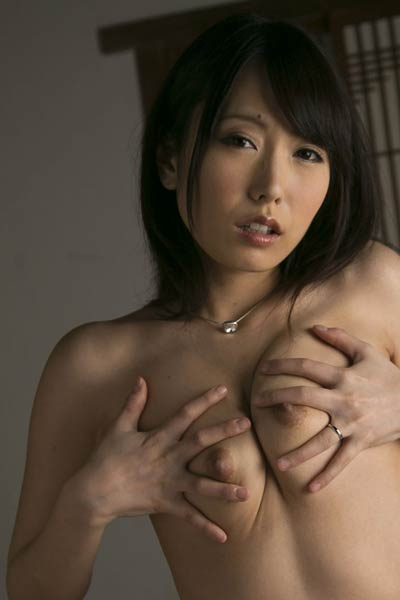 Daring and youthful damsel Chika Arimura nude in Shameful Heart