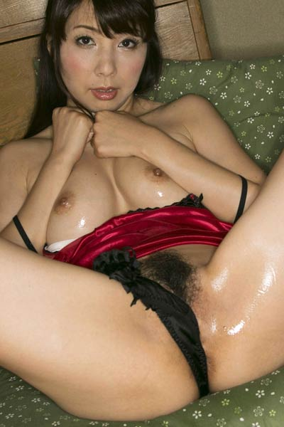 Fantastic All Gravure Model Kimika Ichijo delights us in I Hope You Like It