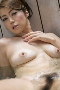 Adventurous and daring babe vixen Maki Hojo gets naked and shows her mind-blowing sex appeal