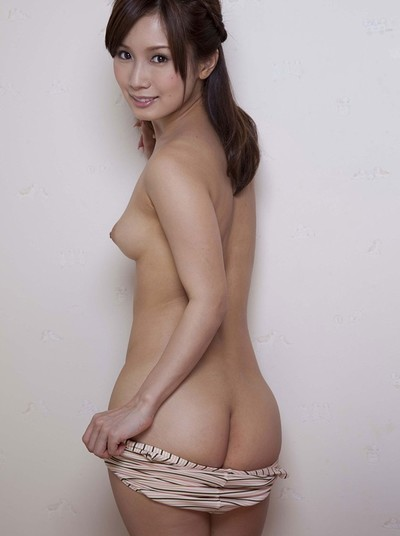 Minami Kojima in To Thank You from All Gravure