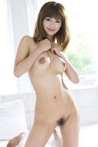 Sweet and charming angel Nozomi Aso erotically poses in Into The Light