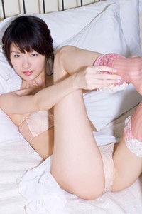 Cute doll vixen Ryo Shihono shows off her gorgeous body in Love Delivery