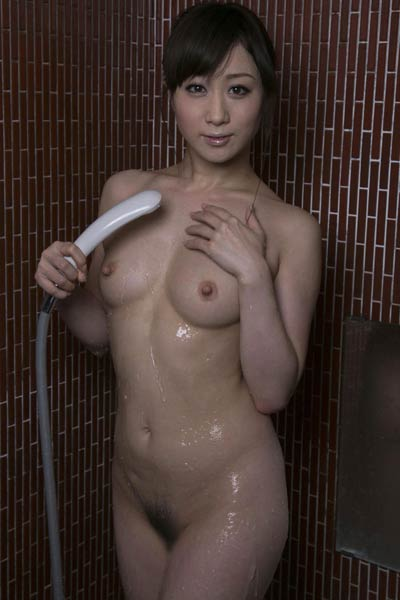 Adorable and playful Allgravure Girl Yuu Kawakami sensually poses in Try My Heart