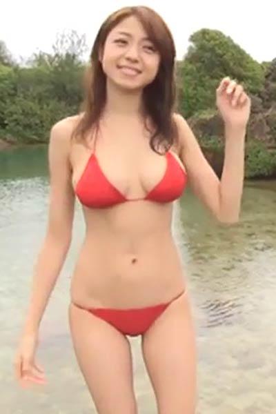Amazing damsel Shizuka Nakamura delights us in Paradise Scene 3