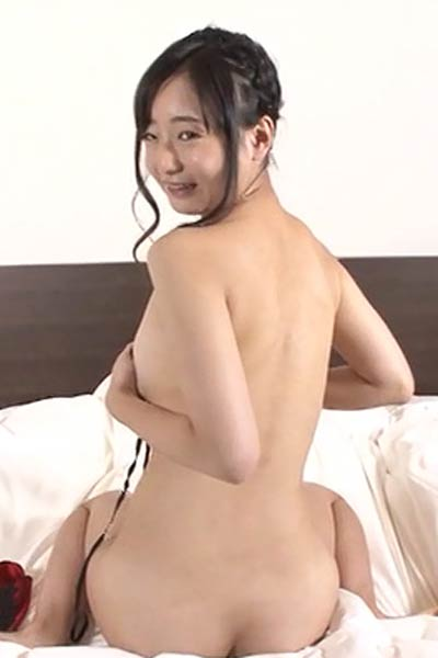 Perfectly Shaped Allgravure Model Sumire Nagai bares her gorgeous body in Gravure Idol Love Scene 3