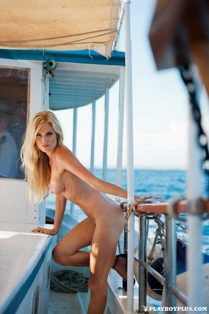 Nackt eva-maria kromer Playboy juni