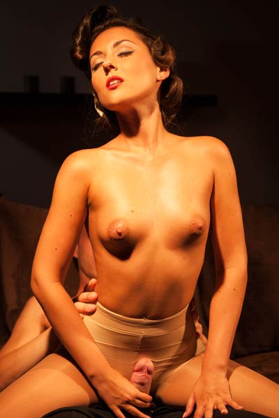 Cute Iwia A satisfies her lover and her lust in this amazin retro sex scene