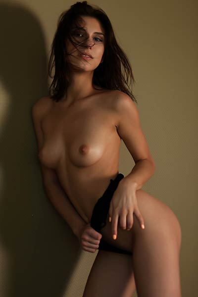 Everyone gets horny when this young lady Rise gets undressed