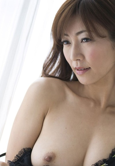 Ryo Hitomi in Touch And Tease from All Gravure
