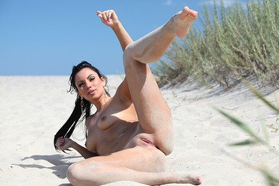 Lusee in Sunkissed from Erotic Beauty