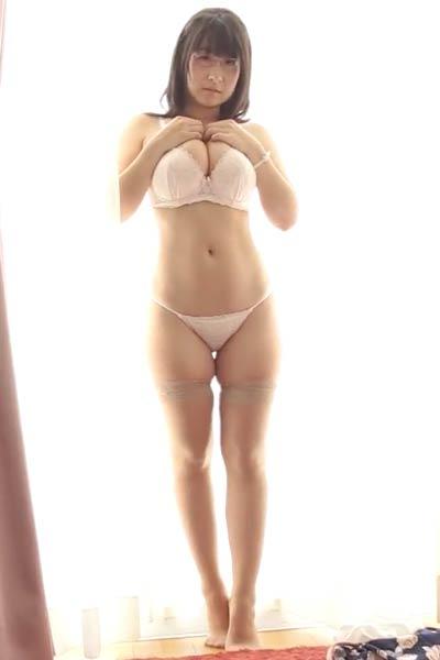 Amazing damsel Rui Kiriyama bares her gorgeous body in Rui Otona Scene 1