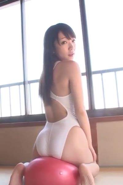 Daring and youthful stunner Airi Shimizu erotically poses in My Lovely Doll Scene 2