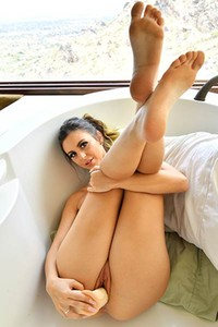 Adventurous and daring babe angel Hollie stuns everyone with her seductive body in The Big Ten Toy