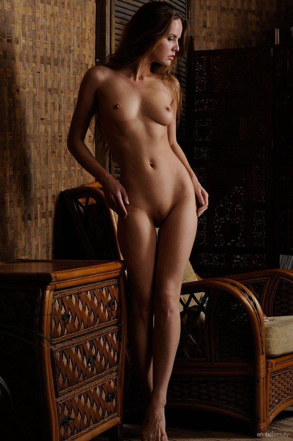 Camilla Luddington Nude Photos Sex Scene Pics