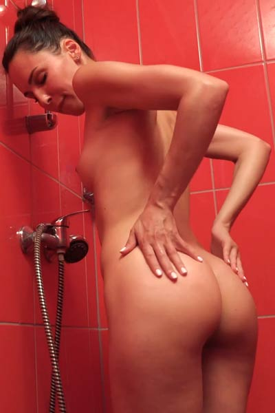 Lilu Moon likes to masturbate but mostly under the shower
