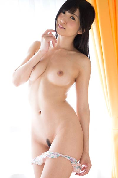 Gorgeous hottie Hibiki Ohtsuki nude in Little Pink Bow